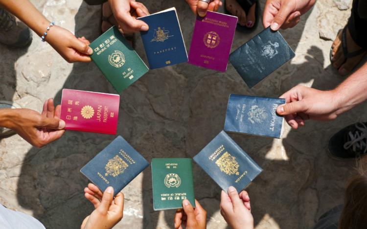 Hộ chiếu quốc gia nào quyền lực nhất thế giới?